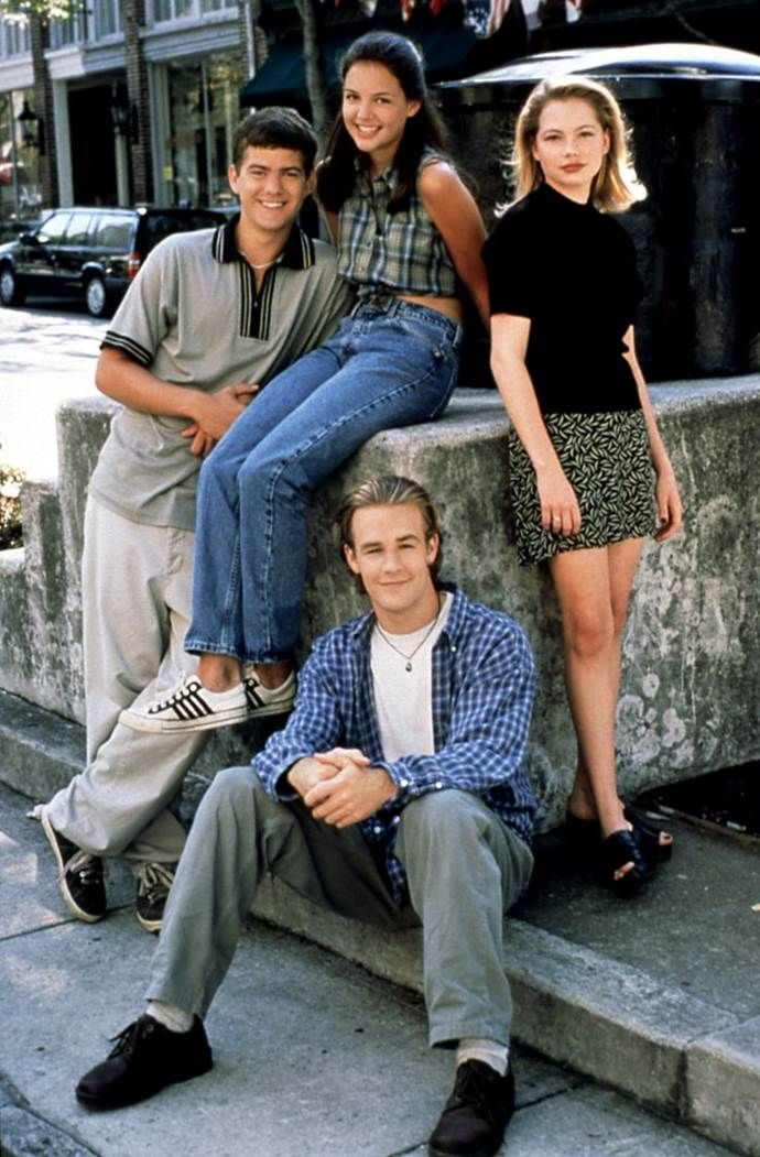Iconic 90s Fashion Outfits